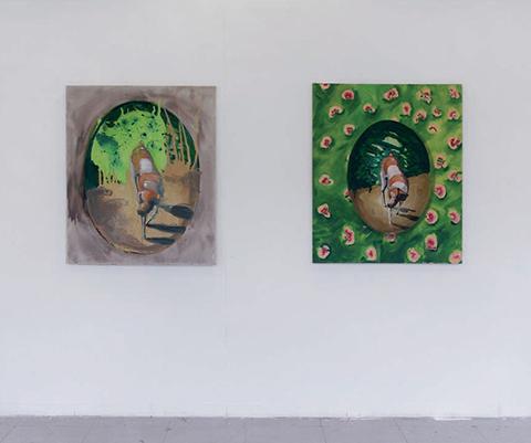 Bisous (détail - 2/4 tableaux) / 2008 / huile sur toile / série de 4 tableaux représentant un chien inscrit dans un format médaillon : 145 x 115 cm, 145 x 115 cm, 40 x 35 cm et 37 x 34 cm