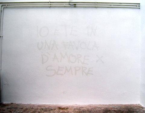 Favole, 2006 peinture à la bombe ton sur ton
